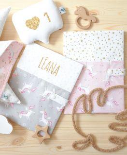 Protèges carnet de santé Lady Licorne gris et rose (licornes, diamants et étoiles)