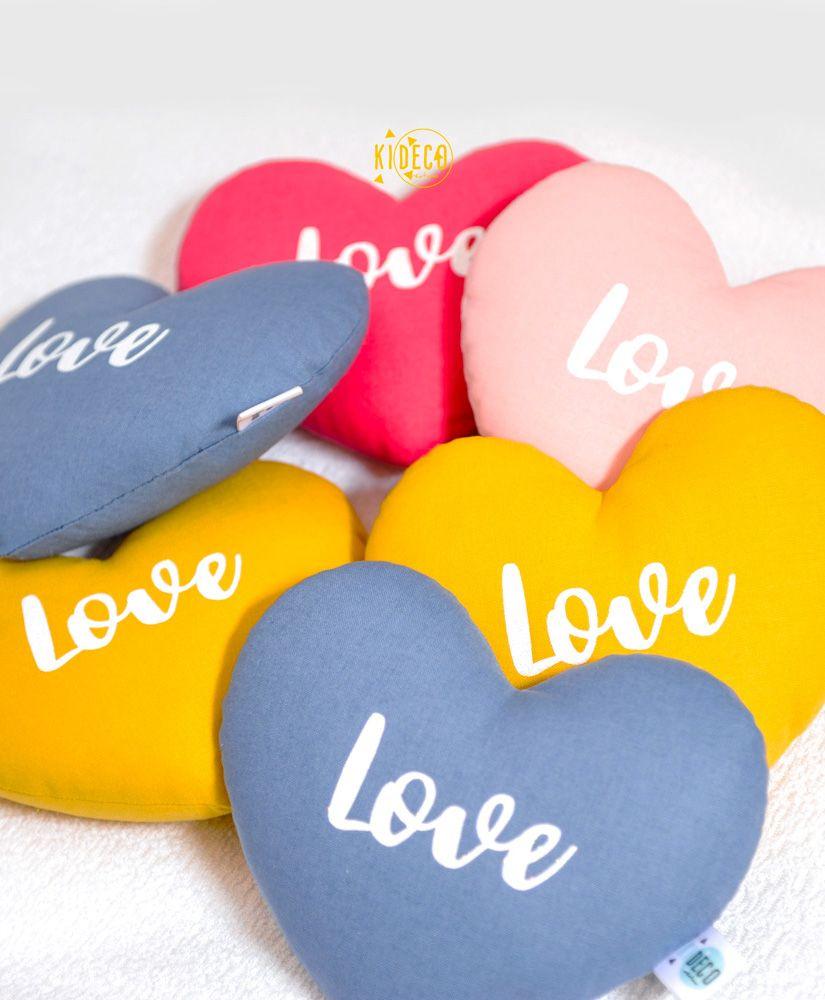 Mini coussin coeur Love