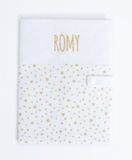 Protège carnet de santé Rêve étoilé doré personnalisable (blanc à petites étoiles dorées et prénom en doré pailleté)