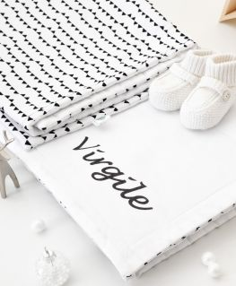 Edredon Imagine (blanc avec petits triangles noirs et touches de doré) Valentin