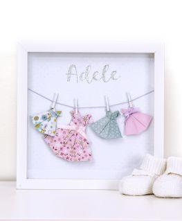 Cadre origami les petites robes d'Adèle blanc personnalisable
