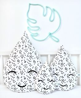 Coussin Noé en forme de goutte d'eau (blanc à gouttes noires) 3 tailles (grand, mini, petit)