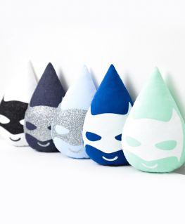 Coussin Super Minis (en forme de goutte d'eau et au masque de super héros) modèle MINIBAT